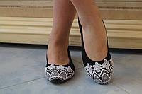 Черные женские балетки из эко-замши с кружевом на носке (белое кружево). Арт-0507