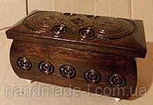 Шкатулка деревяна різьблена ручної роботи