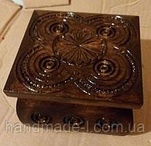 Шкатулка різьблена темна деревяна ручної роботи