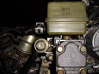 Насос гидроусилителя руля ( ГУР ) с бачкомMazda6 2.0di2002-20075221540e