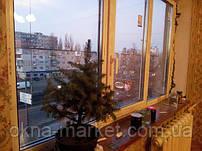 """Трехстворчатые ПВХ окна Rehau с цветным подоконником Open Teck - """"Окна Маркет"""" (098) 777-31-49"""