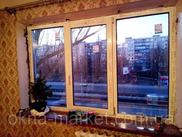 Стоимость трехстворчатого окна в профиле Рехау