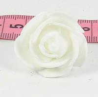 Розы головки латексные 3 см белая