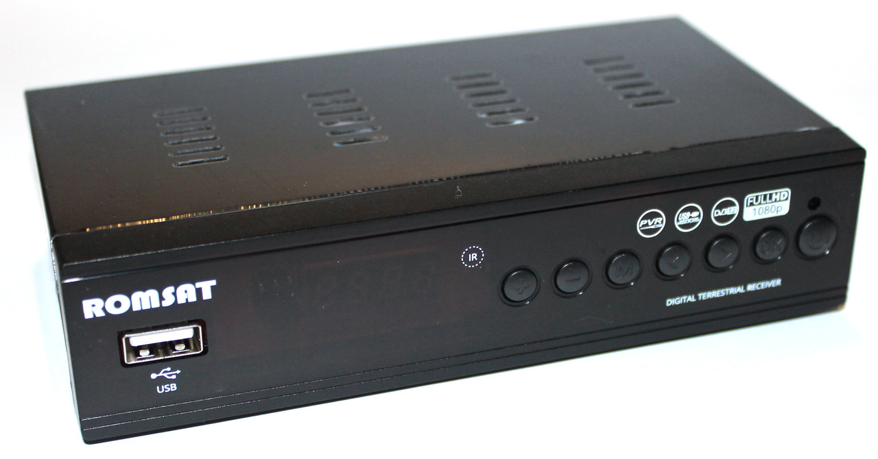 Цифровой эфирный приемник Romsat T2090