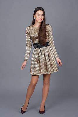 469953cd711 Молодежное красивое приталенное платье в розы р-ры 42