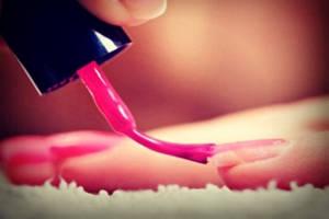 Покрытие ногтей гель-лаком. Технология нанесения. Преимущества по отношению к другим покрытиям.