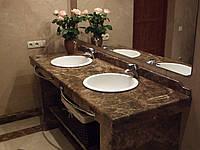 Столешница в ванную комнату мраморная Emperador Dark