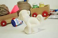 Игривая обезьянка для детского творчества.