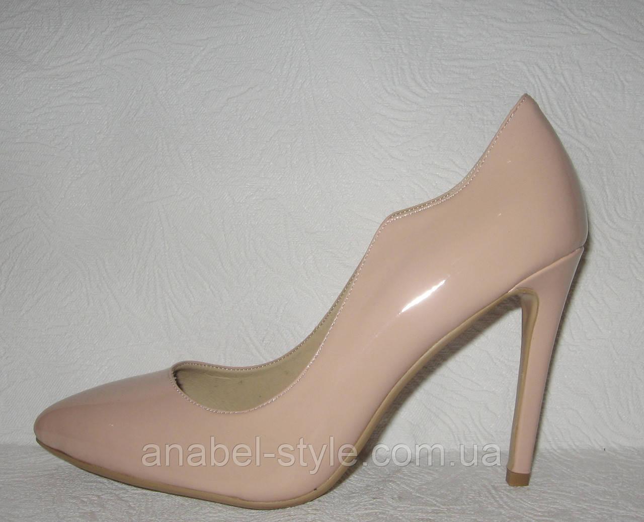Туфли женские стильные на шпильке цвета пудра