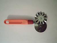 Роликовый нож для теста