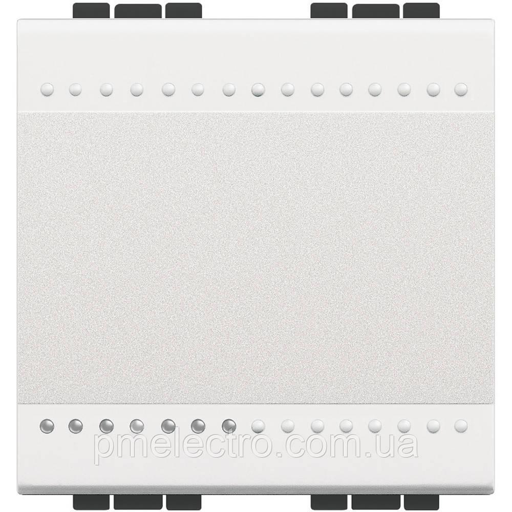 Выключатель 2 модуля белый Livinglight