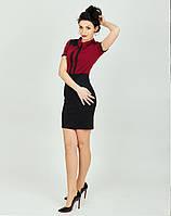 Женское платье с горизонтальными вставками черного цвета