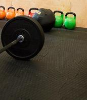 Профессиональное ударопрочное напольное покрытие для фитнес зала и кроссфита