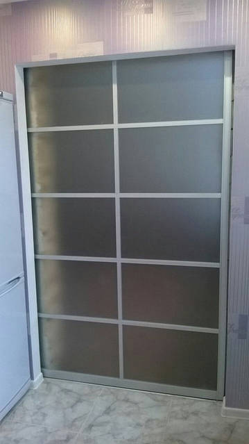 Межкомнатная дверь. Наполнение стекло сатин 4 мм. раздвижная система.