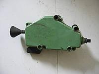Привод замка 4 пина 7D0959781A электро  б/у на VW Transporter T4 год 1990-2003