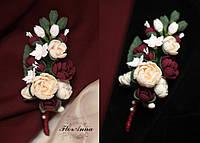"""""""Элегантный бордо"""" бутоньерка для жениха с цветами ручной работы из полимерной глины"""