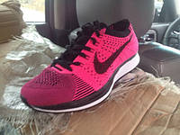 Женские кроссовки  Nike Flyknit Racer Pink