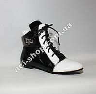Ботинки лаковые Ferlisa модель 36