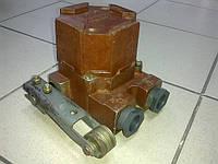 Включатель путевой ВПВ-4М-12У (крышка карболит)