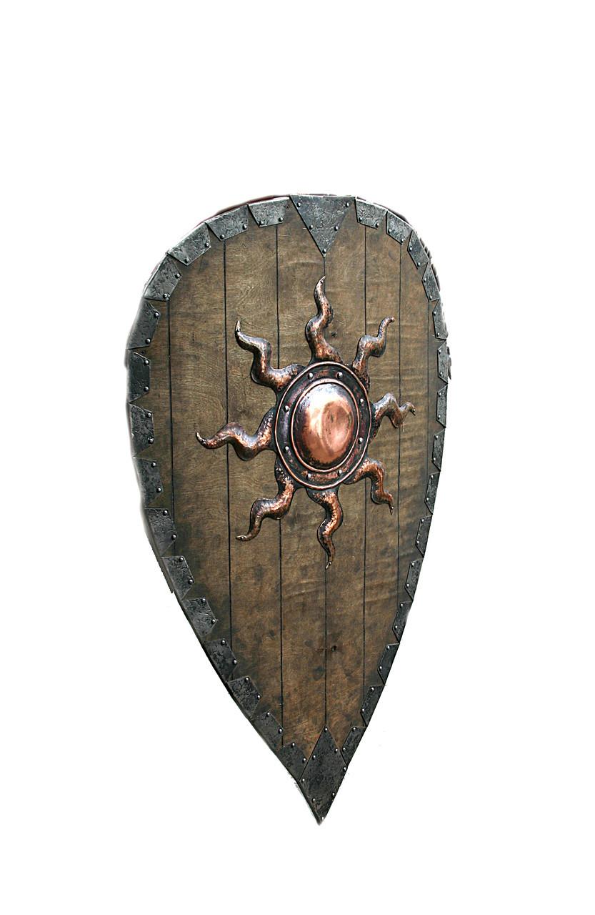 Кованый щит