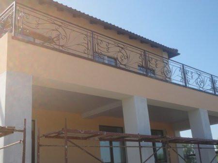 Кованое балконное ограждения