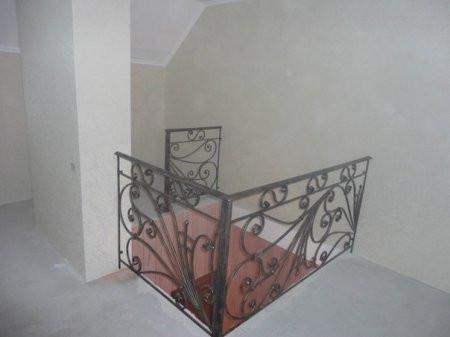 Сходові та балконні огородження