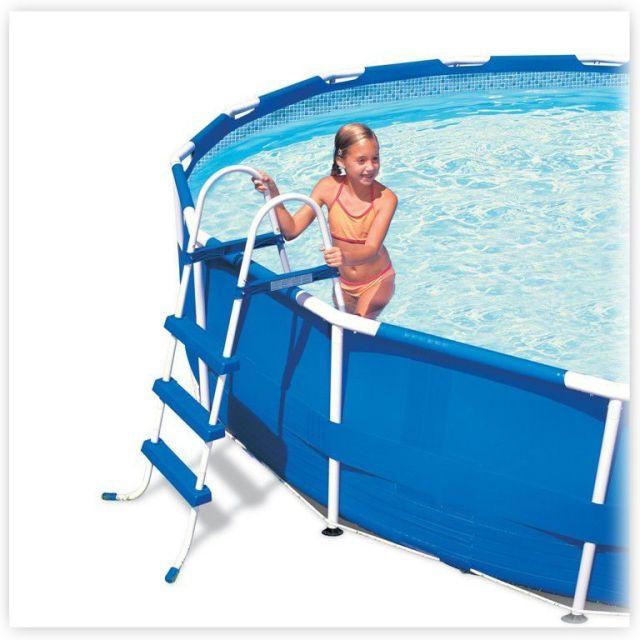 Лестницы для бассейнов