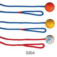 Trixie TX-3304 Мяч резиновый на веревке -игрушка для собак