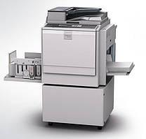 Настольный цифровой дупликатор Ricoh Priport  DD 4450 с системой трафаретной печати.