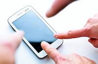 Как убрать царапину с телефона?