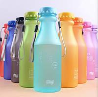 Пластиковая бутылка для воды