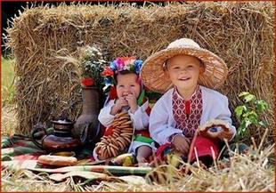 Детская одежда в украинском стиле