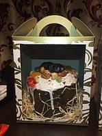 Коробка  для кулича, пряничного домика и подарков.