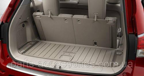 Коврик в багажник бежевый резиновый Nissan Pathfinder 2013-16 новые оригинал
