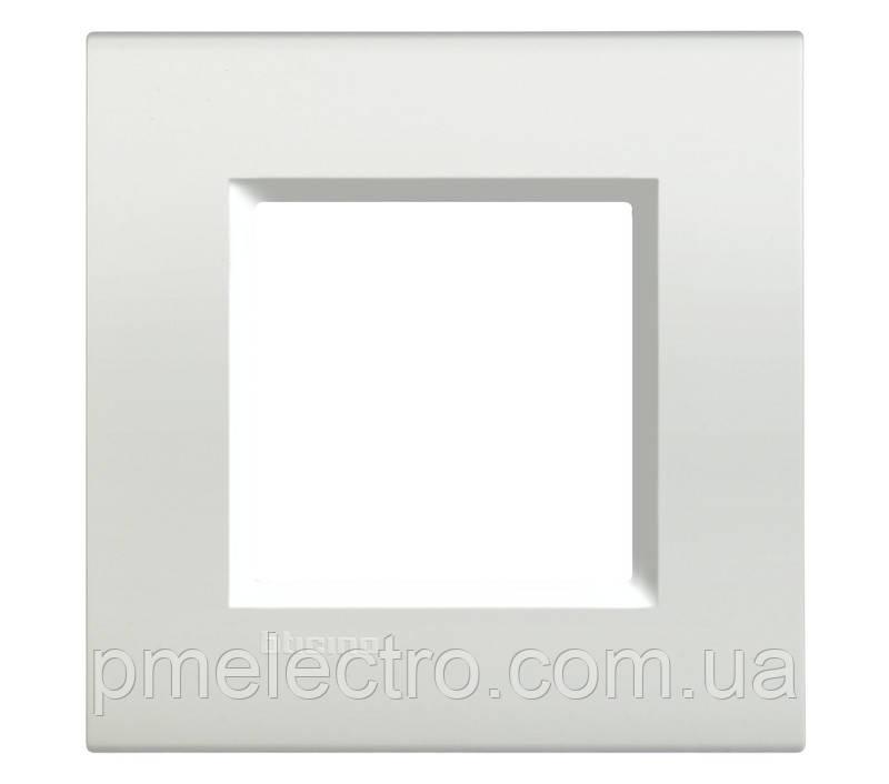 LivingLight Рамка прямоугольная, 1 пост, цвет Белый