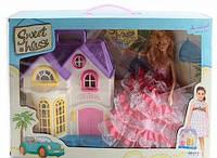 Кукольный домик переносной с куклой и нарядами, светом и музыкой