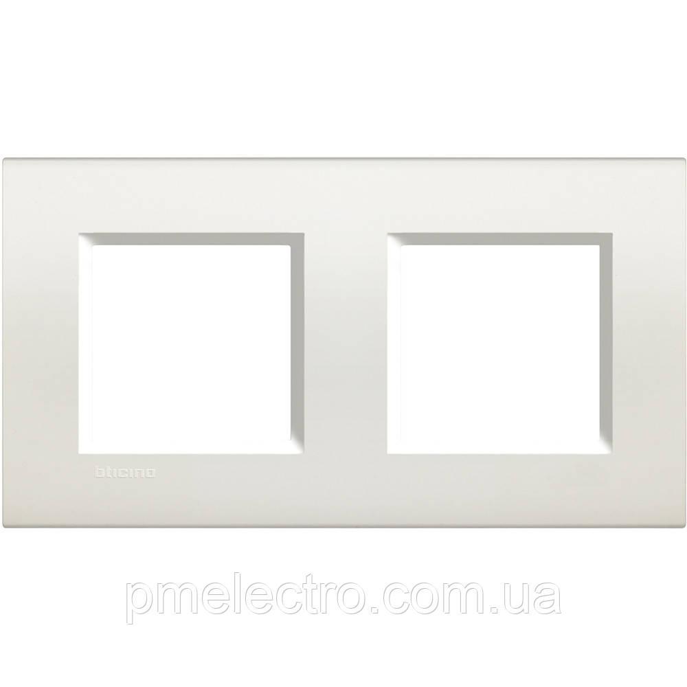 LivingLight Рамка прямоугольная, 2 поста, цвет Белый