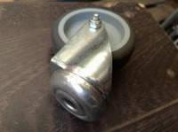 Ролик для тележек d 50мм резиновый с отверстием 10мм