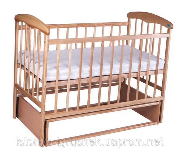 Детская кроватка Наталка с маятником светлая