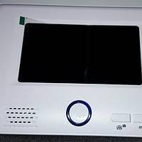 Видеодомофон цветной без трубки с памятью Jeja HK JS-S739E1  комплект
