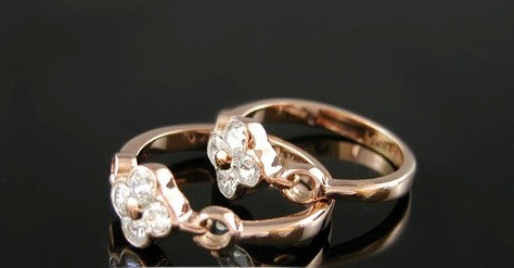 Кольцо LOUIS VUITTON ювелирная бижутерия золото 14К декор кристаллы Swarovski