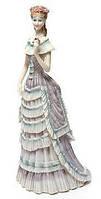 Фарфоровая статуэтка Девушка нежность