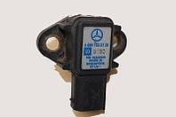 Датчик давл. интеркулера OM611-612 Mercedes Sprinter 96-06 MERCEDES A 006 153 98 28