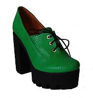 Женские туфли на платформе кожа зеленый питон