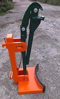 Захваты для металлических бочек (200 л. )  на погрузчик