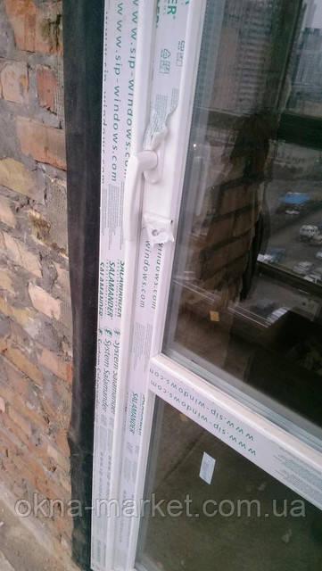 """Пластиковые двери на балкон в профиле Salamander, фотогалерея фирмы """"Окна Маркет"""""""