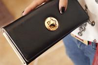 Женские кошельки: классика VS мода