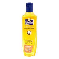 """Кокосовое масло для блеска волос с экстрактом Миндаля ТМ """"Parachute Gold """",  300 мл"""