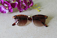 Солнцезащитные очки RAY BAN CLUBMASTER (лео)