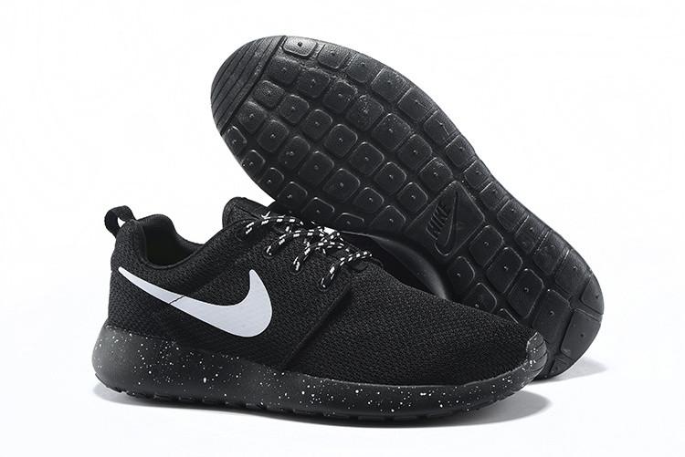 Кроссовки Nike Roshe Run Black Solo